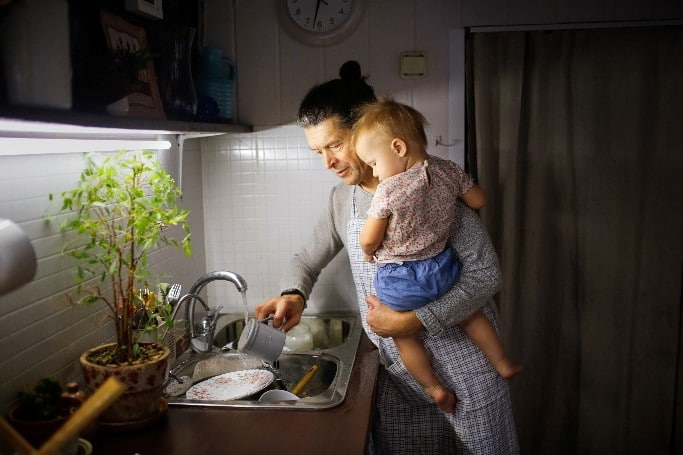 do stay at home parents need life insurance